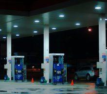 Senado aprova projeto que autoriza venda direta de etanol a postos. O texto segue para a Câmara dos Deputados